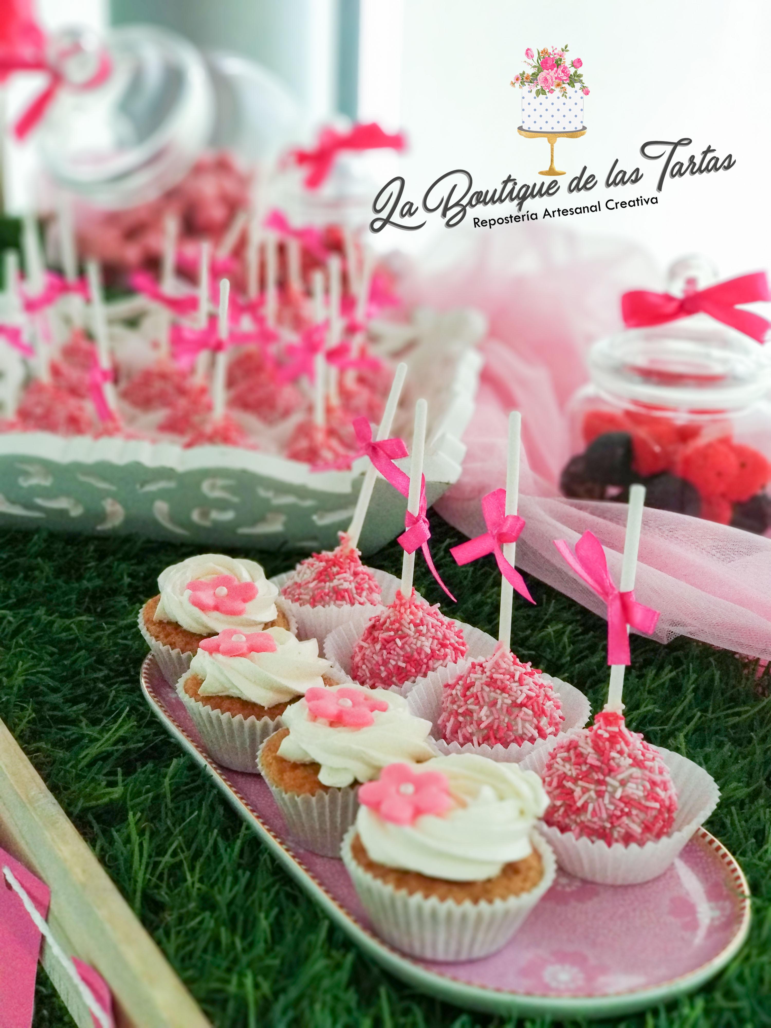 carrito comunion lucia cake pops