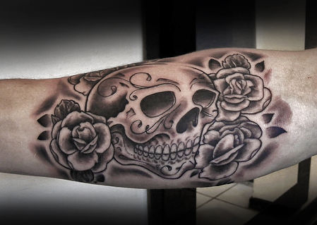 neo trad skull and fowers