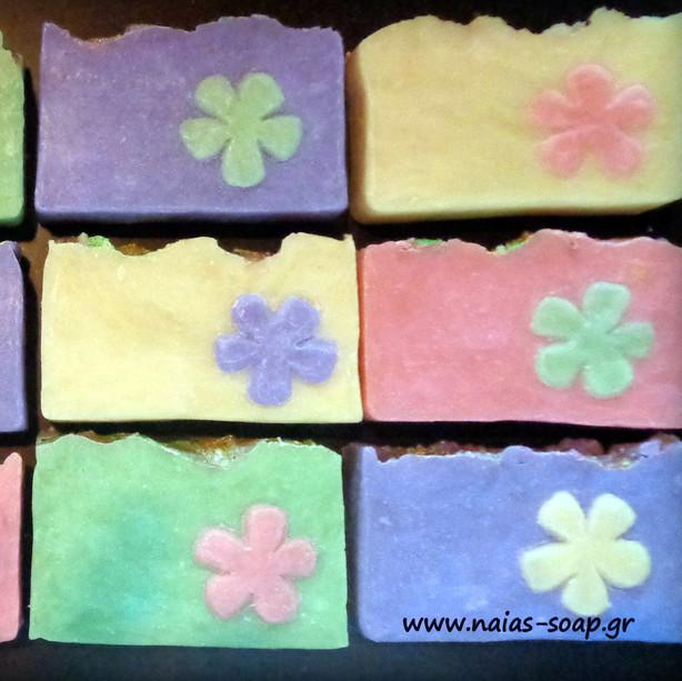 Σαπούνι ελαιόλαδου Λουλούδι.JPG