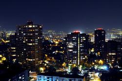 Santiago_Nocturno_(Chile).JPG