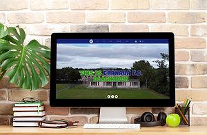 granada-website-studio-workspace-with-de