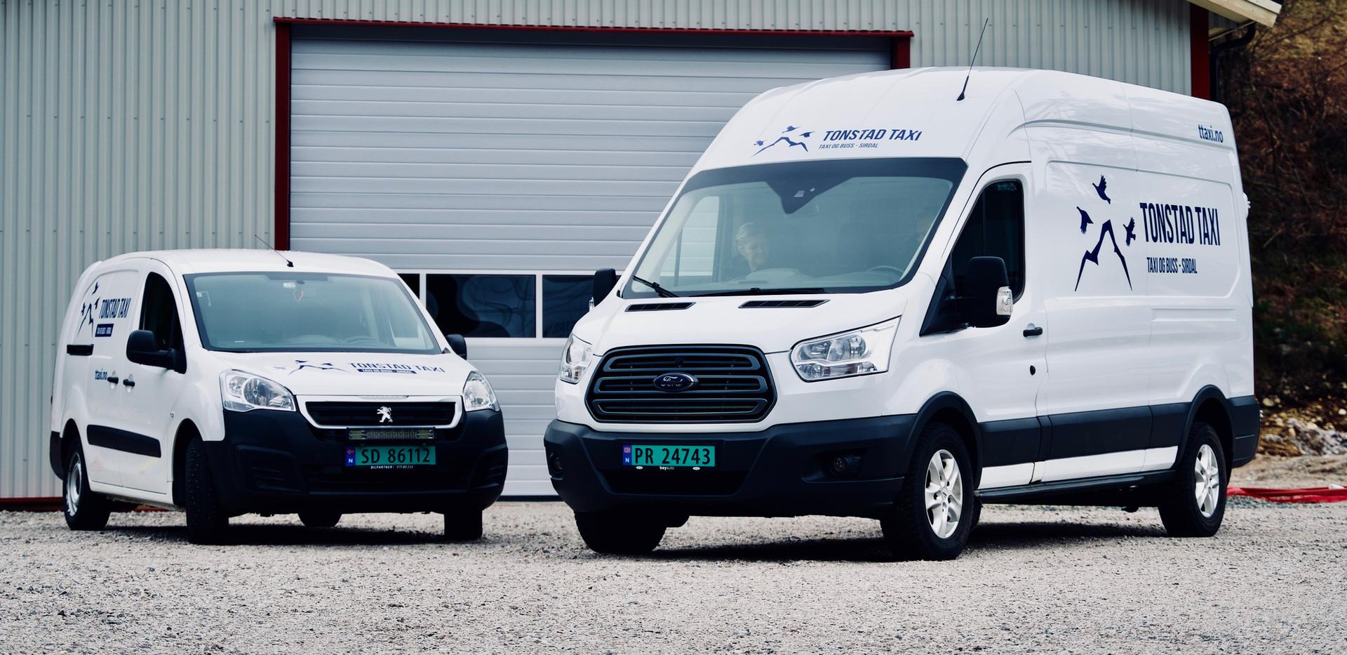 Peugeot Partner og Ford Transit