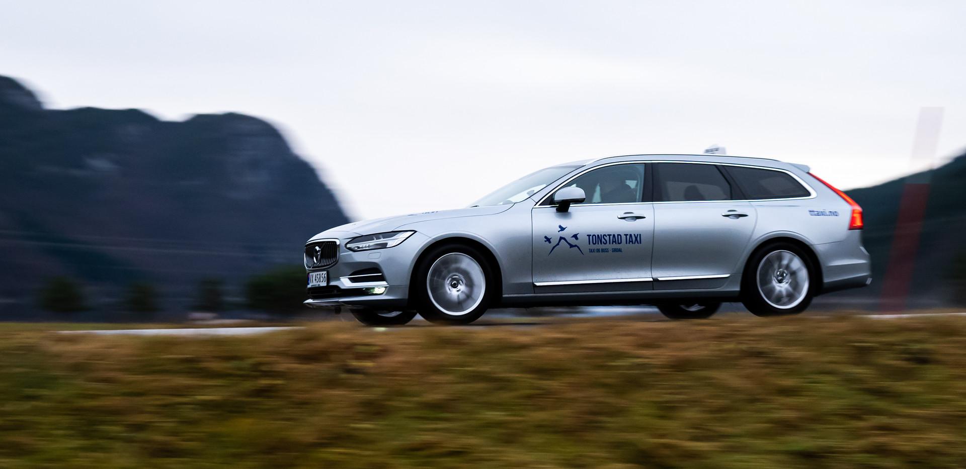 Volvo xc70 redigert.jpg