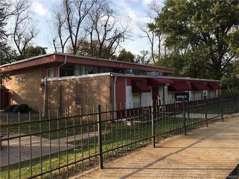 Administrative / Recreational Building