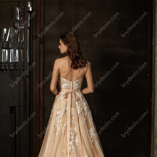 Colored-Strapless-Sweetheart-Neckline-Ch