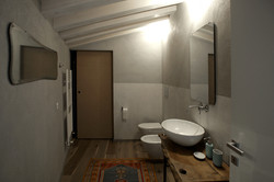 bathroomup