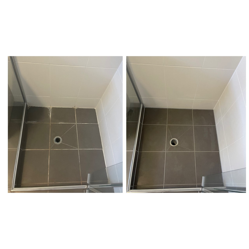 clean looking shower after shower sealing