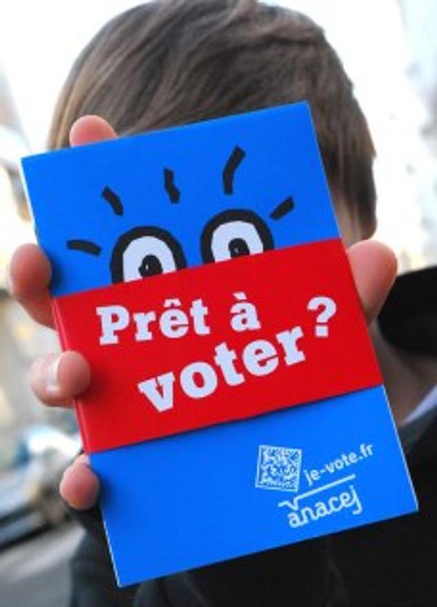 """Commandez dès à présent des """"Prêt à voter ?"""" pour expliquer comment fonctionnent les institutions afin d'être un-e citoyen-ne averti-e !"""