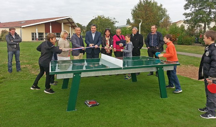 20161012160032-20161012-inauguration-table-ping-pong