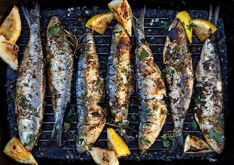 geroosterde-sardines-een-kruidencitroenm