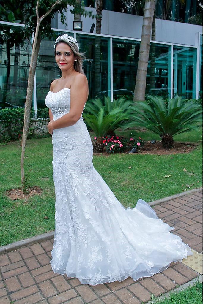 Vestido de noiva para alugar em SP Campo Belo