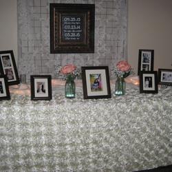 Rosette Ivory Table Linen