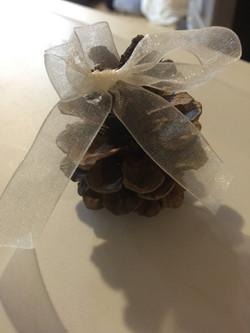 Pine Cone w/ Ivory Bow