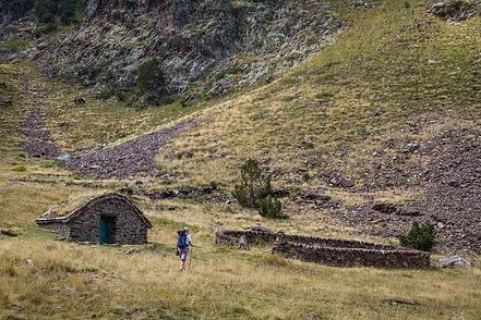 Traversée des Pyrénées GR 11  la senda