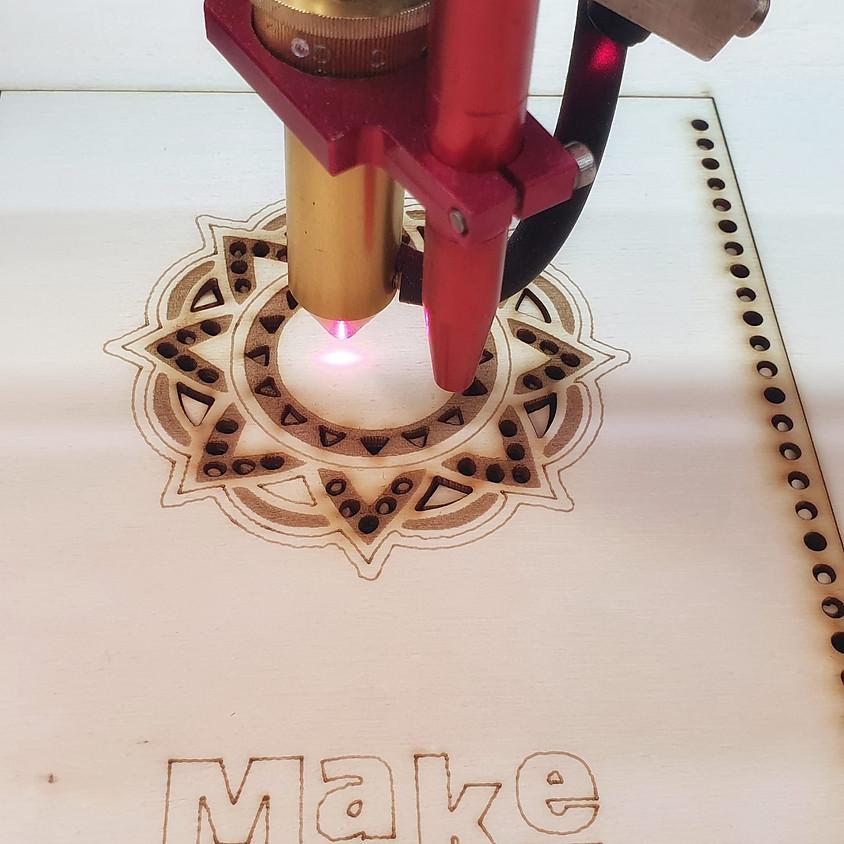 הכנת מחברת מעץ בחיתוך לייזר
