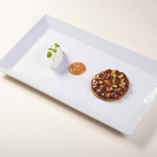 Tartelette au chocolat / sorbet citron / cazettes