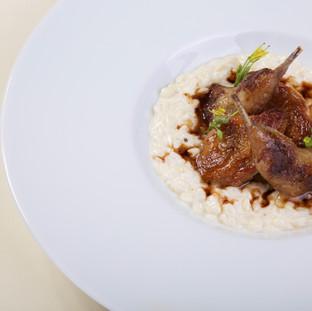 Cailles / risotto de pâtes / jus truffé