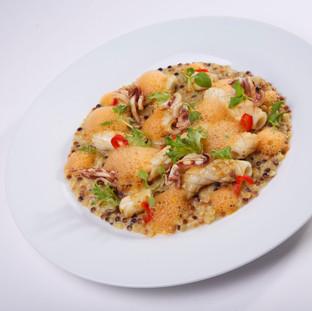 Risotto de fregola sarda / calamars / piquillos