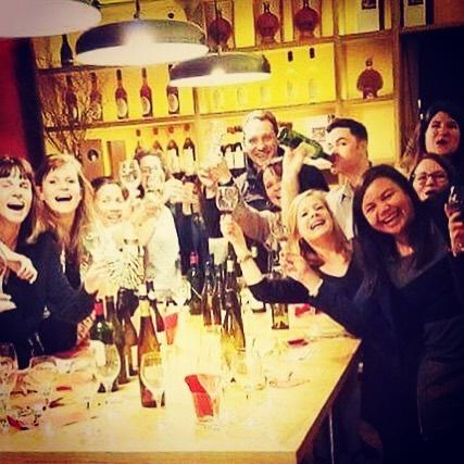 Degustation de vins HYPER sympas avec Oenoparis_#oenoparis #oenologie #oenology #oenotourisme #wine #winery #wine🍷 #winetime #winelover #win