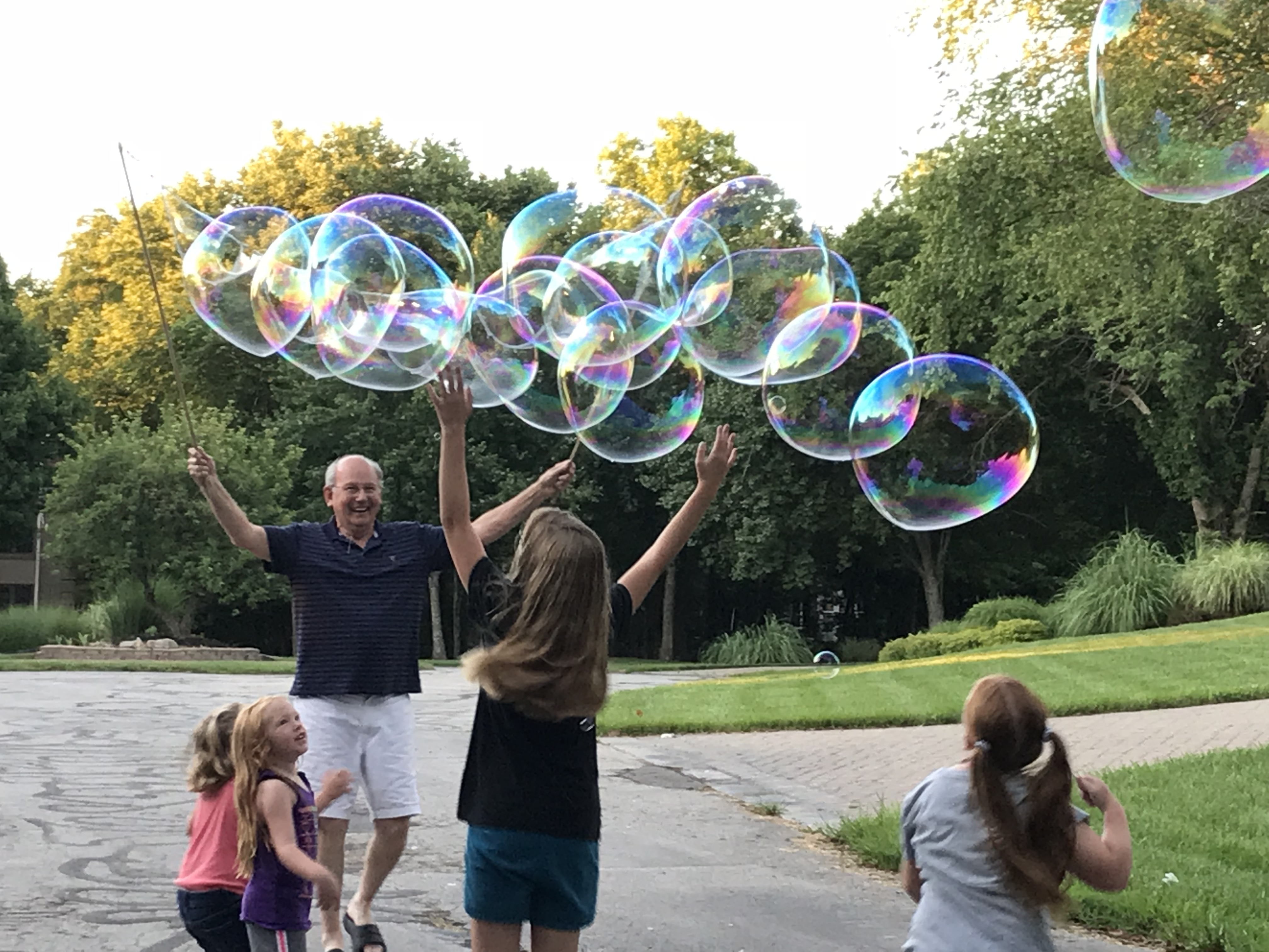Garland Bubbles