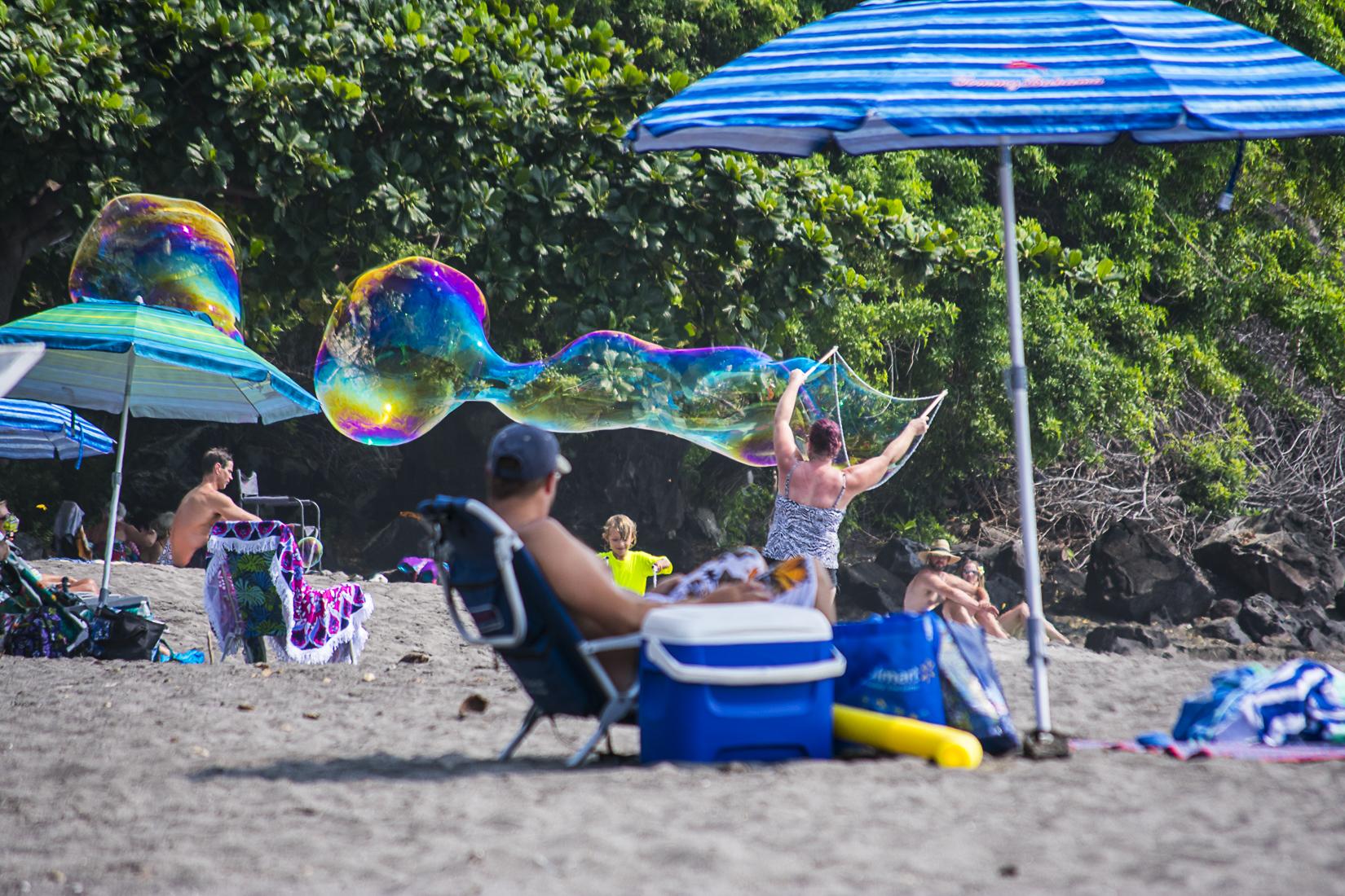 Hawaii Beach Bubbles