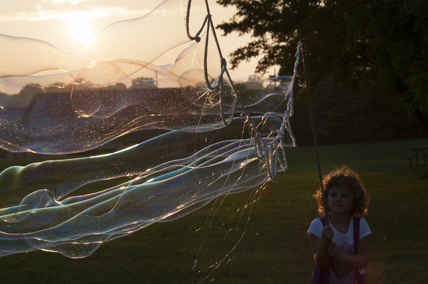 Garland Streaming Bubbles