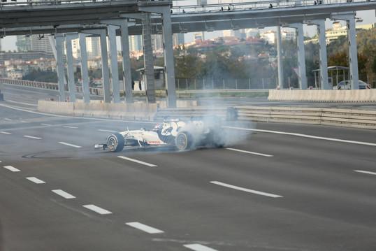 Scuderia AlphaTauri ve Aston Martin Red Bull Racing Formula 1-İstanbul Tanıtım Çekimleri