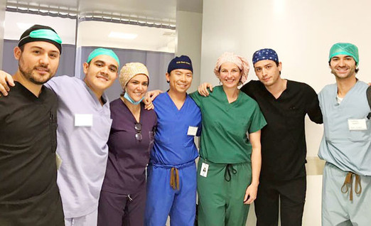 Alicia Sigler MD and visiting residents from Mexico and U.S.