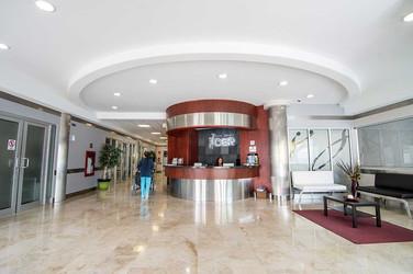 CER Hospital lobby