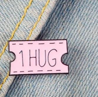 1 Hug Pin