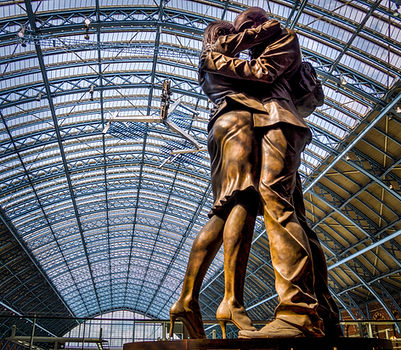 The Lovers at St Pancras
