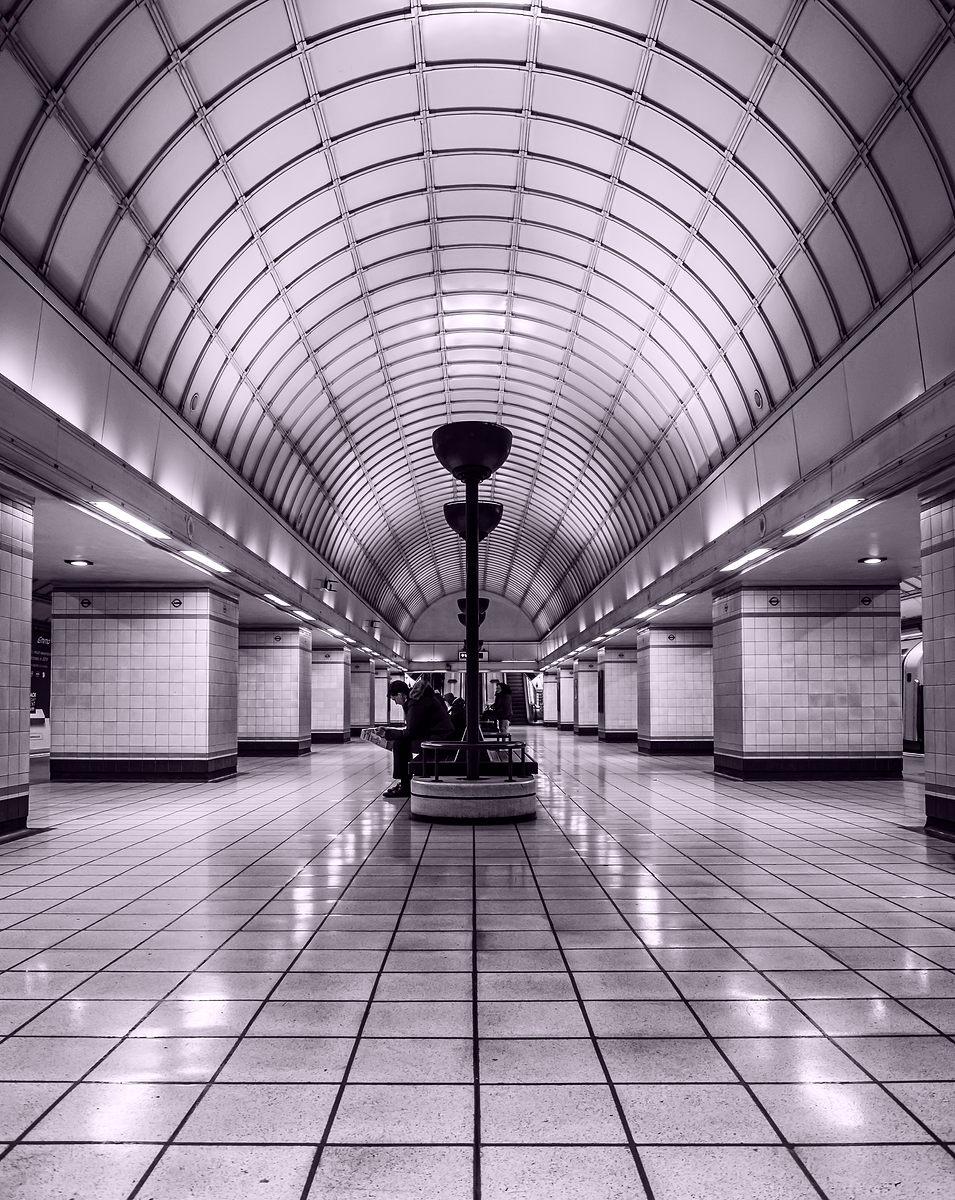 Gants Hill Art Deco Station
