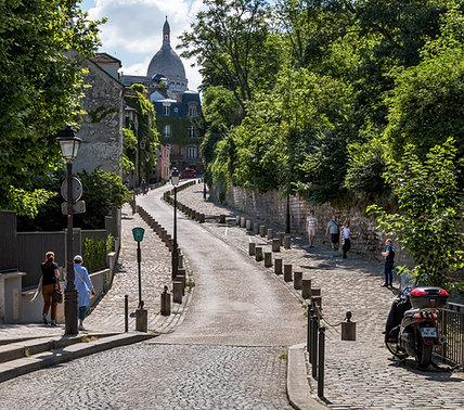 Winding Road to Sacre Coeur
