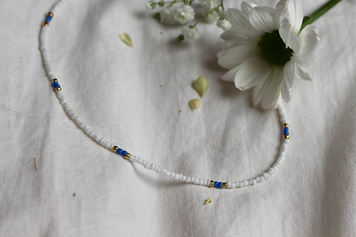 Blue Daisy Beaded Necklace