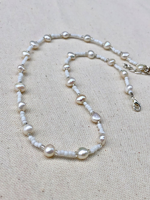 Classical Silver Pearls Necklace