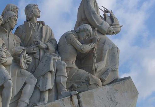 sailors-monument-1425946_640.jpg