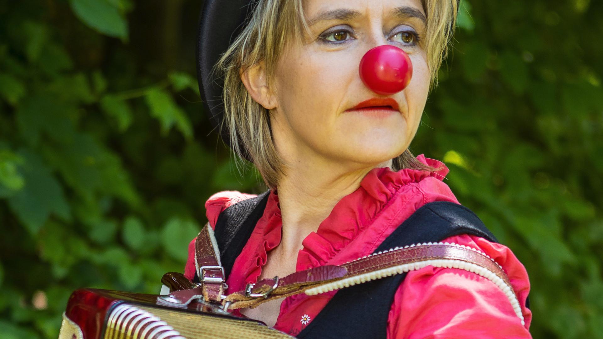 Clown-Bearbeitet%20(2)_edited.jpg