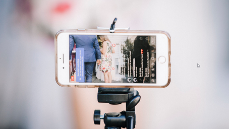 10 TIPS FOR LIVE STREAMING YOUR WEDDING
