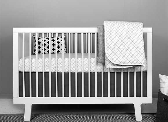 Grid crib bedding set