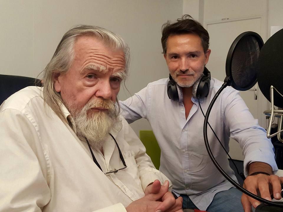 Gérald Robert, voix-off, avec le comédien Michaël Lonsdale.
