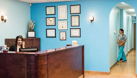 westend-dental-clinic-reception.jpg