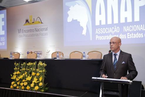 Fiscalização tributária é objeto de análise em Brasília.