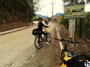 Saindo de Teresópolis, serra de Itaipava. 8,8Km de subida á frente
