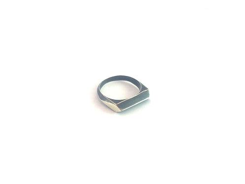 טבעת RHOMBUS - כסף 925 מושחר