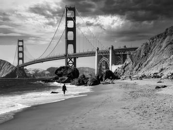 'Walking Under the Golden Gate' by William Allen ( 11 marks )