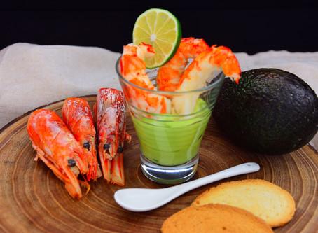 Cocktail di gamberoni e maionese di avocado al lime