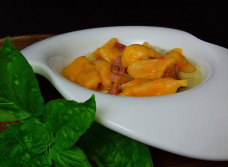 Gnocchetti di zucca e patate su fonduta di gorgonzola DOP