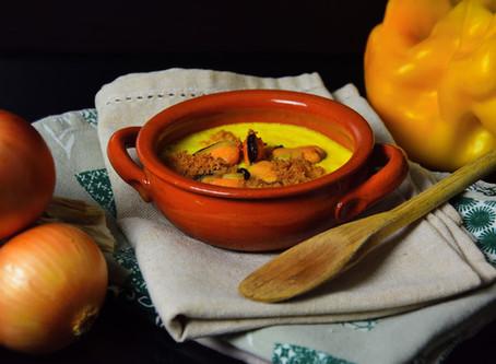 Zuppetta fredda di peperoni gialli e cozze