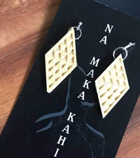 Makawalu Earrings
