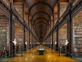 1588px-Long_Room_Interior,_Trinity_Colle